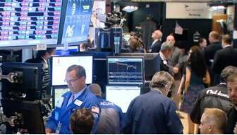 美国三大股指下挫 道琼斯指数收盘下跌报24964.75点