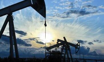 美国退出伊朗核协议 原油期货价格周三收盘大幅上涨3%