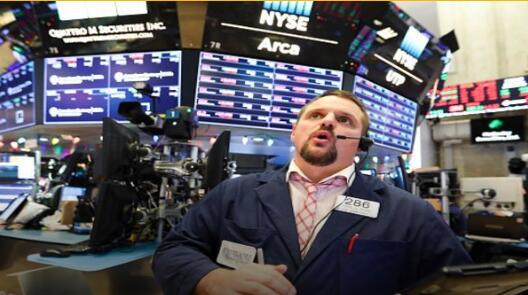 苹果CEO:苹果股票极具价值 将继续回购