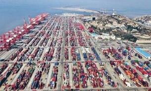 李小鹏:鼓励支持中方企业在柬开展铁路、公路、港口、机场等基础设施项目